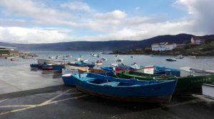 Embarcaciones de pesca artesanal en Portocubelo (Carnota. Galicia)